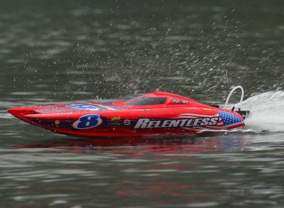 Quanum Relentless Brushless Catamaran Racing Boat 740mm (ARR)
