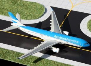 Gemini Jets Aerolineas Argentinas Airbus A330-200 LV-FNK 1:400 GJARG1323