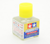 Tamiya Mark Fit (Strong) Solution Decal application