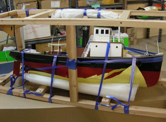 "SCRATCH / DENT - RC ""Baltimore"" Schlepperboot (AU Warehouse)"
