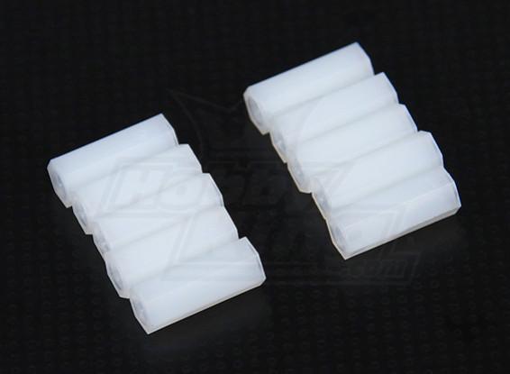 5,6 mm x 15 mm M3 de nylon roscado espaciador (10pc)