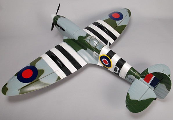 Durafly ™ Spitfire 1,4 m 5Ch de XL-EPO