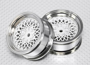 Scala 1:10 Wheel Set (2 pezzi) Cromo / Bianco 'Hot Wire' RC 26 millimetri auto (No offset)