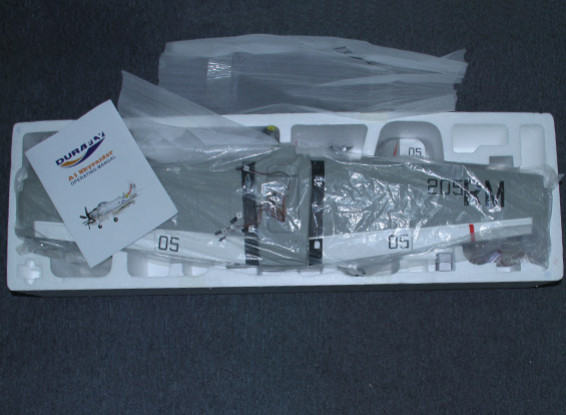 SCRATCH/DENT Durafly A-1 Skyraider w/flaps/retracts/lights/gear doors 1100mm (PNF)