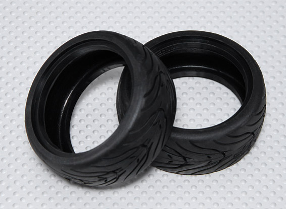 1:10 Scale Rubber Touring Car Tires w/Tread 26mm - Medium Compound (2pcs)
