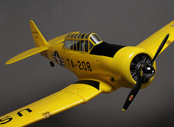 AT-6 Texan w/Flaps, Retracts, Lights and Engine Sound Module System 1300mm (PNF)