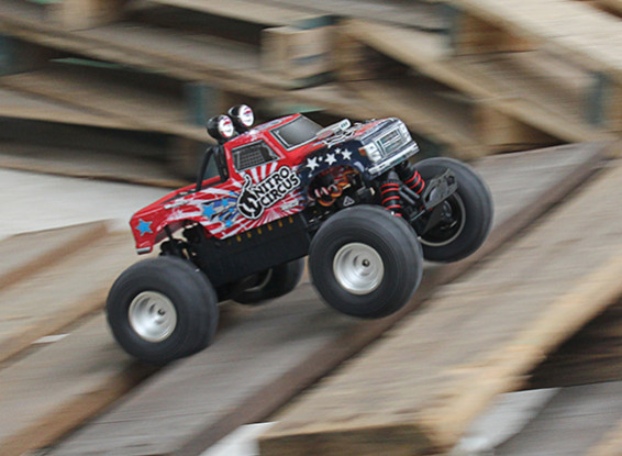 Basher Nitro Circus 1/16 Mini Monster Truck (ARR)