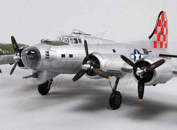 B-17 Flying Fortress (prata) 1.600 milímetros Super Detalhe (PNF)