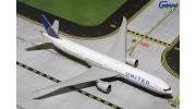 Gemini Jets United Airlines Boeing 777-300ER N58031 1:400 Diecast Model GJUAL1605