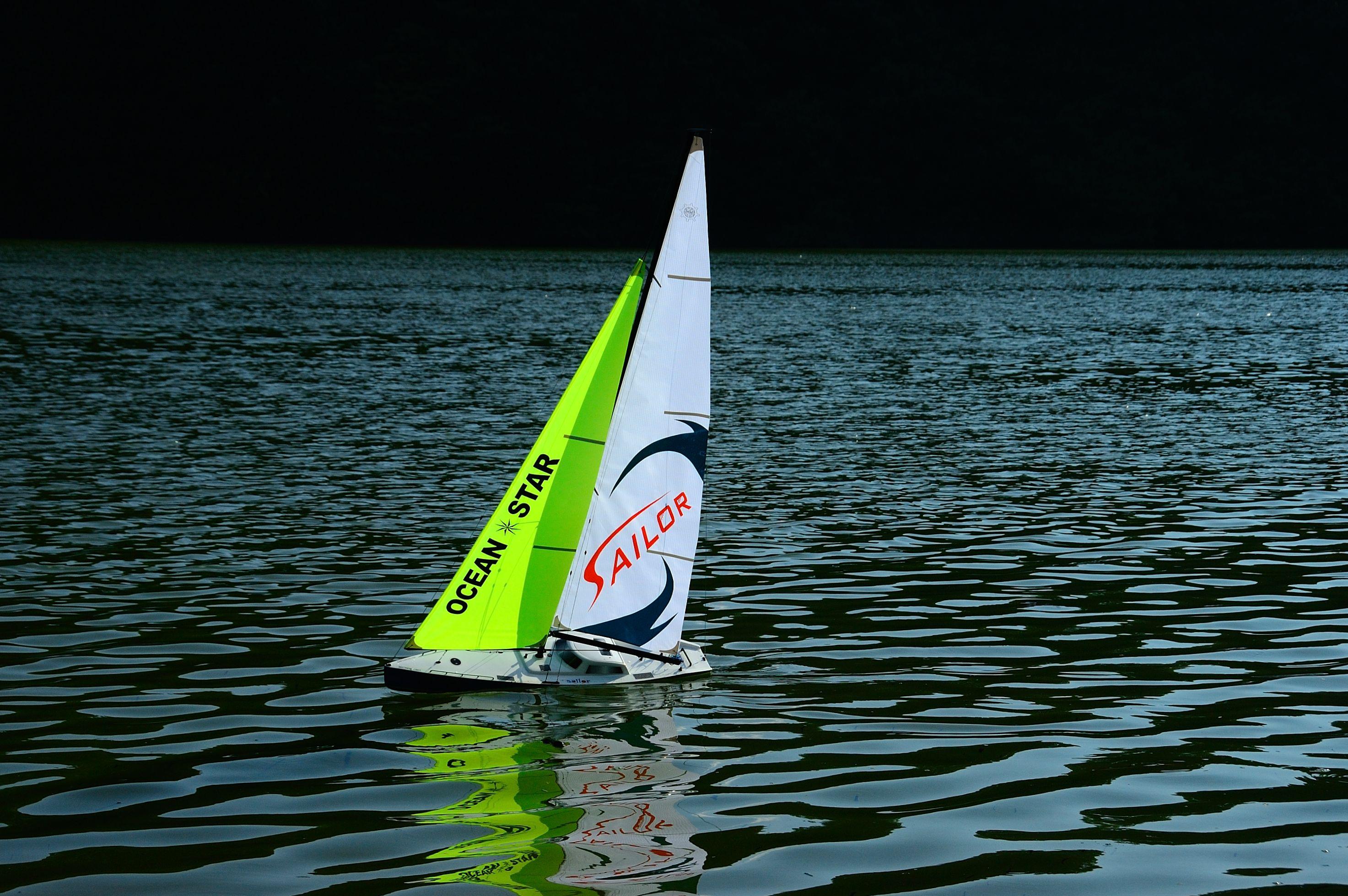RC Ocean Going Racing Yacht 2 2m
