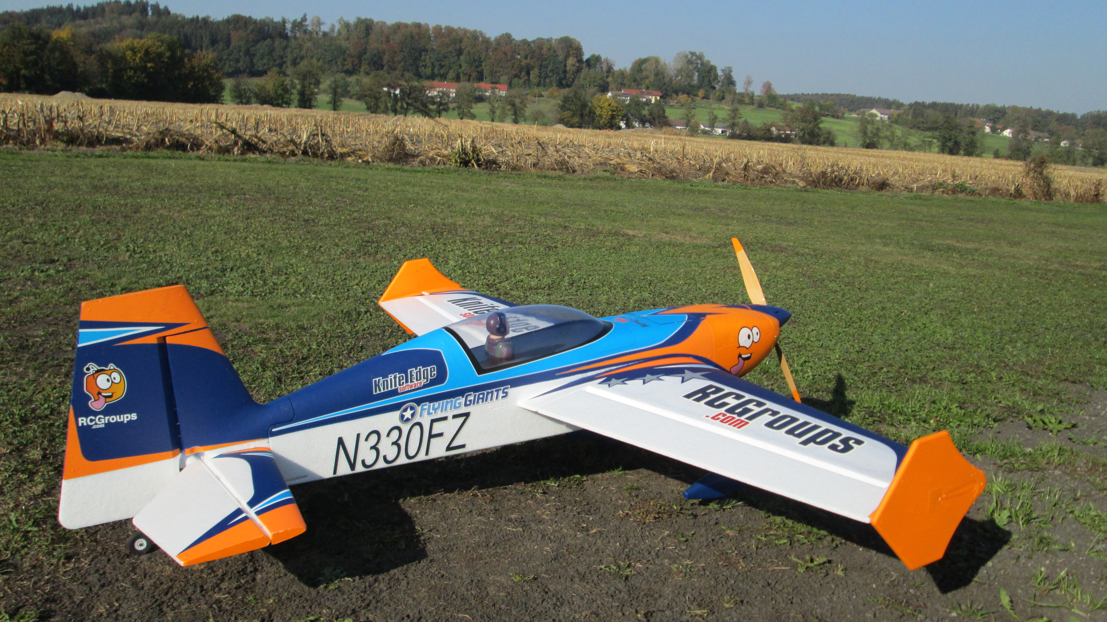Avios RC Groups Extra 330LX 1420mm (56
